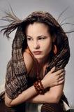 θέτοντας γυναίκα μόδας Στοκ εικόνες με δικαίωμα ελεύθερης χρήσης