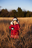 θέτοντας μικρό παιδί ηλιο&beta Στοκ φωτογραφία με δικαίωμα ελεύθερης χρήσης