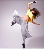 θέτοντας νεολαίες γυναικών χορευτών Στοκ Φωτογραφίες