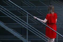 θέτοντας νεολαίες γυνα Στοκ εικόνες με δικαίωμα ελεύθερης χρήσης
