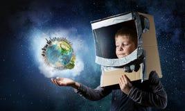 Θέλει να γίνει αστροναύτης Μικτά μέσα Στοκ Φωτογραφίες