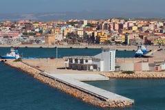 Θαλάσσιος λιμένας και πόλη Πόρτο-Torres, Ιταλία Στοκ Εικόνες