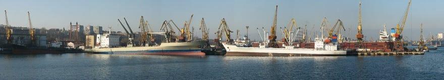 θαλάσσιος λιμένας της Οδησσός Στοκ φωτογραφία με δικαίωμα ελεύθερης χρήσης