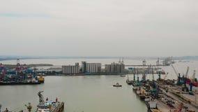 Θαλάσσιος λιμένας φορτίου και επιβατών στο Surabaya, Ιάβα, Ινδονησία στοκ φωτογραφία με δικαίωμα ελεύθερης χρήσης