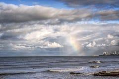 Θαλάσσιο ουράνιο τόξο τοπίων το Μάρτιο del Plata Αργεντινή στην ακτή στοκ εικόνα με δικαίωμα ελεύθερης χρήσης