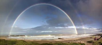 Θαλάσσιο ουράνιο τόξο τοπίων το Μάρτιο del Plata Αργεντινή στην ακτή στοκ εικόνες