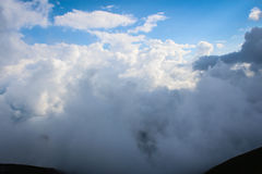 Θαμνώδη σύννεφα Στοκ Εικόνες