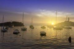 Θαυμάσια ρομαντική παλαιά πόλη στην αδριατική θάλασσα Βάρκες και γιοτ μέσα Στοκ φωτογραφία με δικαίωμα ελεύθερης χρήσης