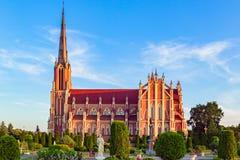 Θαυμάσια όμορφη ιερή εκκλησία τριάδας σε Gervyaty στοκ εικόνα