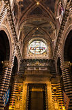 Θαυμάσιες καλλιτεχνικές λεπτομέρειες μέσα στον καθεδρικό ναό της Σιένα, Τοσκάνη Στοκ φωτογραφίες με δικαίωμα ελεύθερης χρήσης