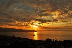 Θαυμάσιο ηλιοβασίλεμα ValparaÃso στοκ φωτογραφία