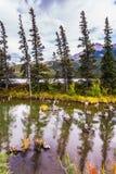 Θαυμάσιο ταξίδι μέσω των δύσκολων βουνών Στοκ φωτογραφία με δικαίωμα ελεύθερης χρήσης