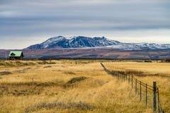 Θαυμάσιο τοπίο κοντά στον καταρράκτη Seljalandsfoss στην Ισλανδία στοκ εικόνες