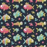Θαλάσσιο χαριτωμένο άνευ ραφής σχέδιο με τα ψάρια, άλγη, αστερίας, κοράλλι, βυθός, φυσαλίδα Στοκ Εικόνες