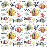Θαλάσσιο χαριτωμένο άνευ ραφής σχέδιο με τα ψάρια, άλγη, αστερίας, κοράλλι, βυθός, φυσαλίδα Στοκ φωτογραφίες με δικαίωμα ελεύθερης χρήσης