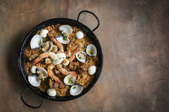 Θαλασσινά και παραδοσιακά ισπανικά τρόφιμα paella ρυζιού Στοκ φωτογραφία με δικαίωμα ελεύθερης χρήσης