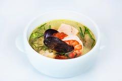 Θαλασσινά chowder, γαρίδες, στρείδια, χαβιάρι Στοκ Εικόνες