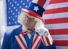 Θείος Σαμ με μια αμερικανική σημαία Στοκ εικόνες με δικαίωμα ελεύθερης χρήσης