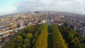 Θεαματικά ευρωπαϊκά πόλεων άποψης κτήρια οδών των Βρυξελλών εναέρια φιλμ μικρού μήκους