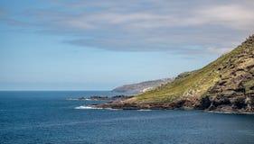 Θεαματική άποψη από το βουνό πέρα από την ακτή από tenerife στοκ φωτογραφίες με δικαίωμα ελεύθερης χρήσης