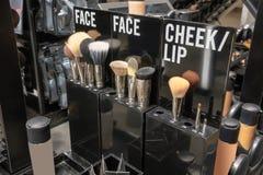 Θελκτικότητα καταστημάτων σταθμών Makeup για την ευκολία πελατών στο κατάστημα στοκ εικόνες