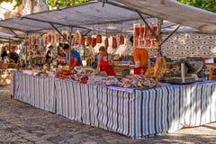 Θεραπευμένος στάβλος κρέατος στην αγορά Pollensa, Μαγιόρκα στοκ εικόνα με δικαίωμα ελεύθερης χρήσης