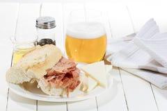 Θεραπευμένο σάντουιτς ζαμπόν Στοκ Φωτογραφία