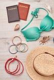 Θερινά εξαρτήματα και σύνολο μόδας Στοκ εικόνες με δικαίωμα ελεύθερης χρήσης