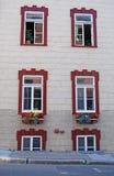 Θερινά παράθυρα πόλεων του Κεμπέκ Στοκ Φωτογραφία