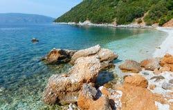 Θερινή άποψη παραλιών Antisamos (Ελλάδα, Kefalonia) Στοκ Εικόνες