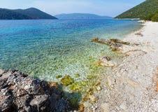 Θερινή άποψη της παραλίας Antisamos (Ελλάδα, Kefalonia) Στοκ Εικόνες
