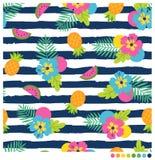 Θερινό άνευ ραφής σχέδιο με hibiscus και τα φρούτα Στοκ εικόνες με δικαίωμα ελεύθερης χρήσης