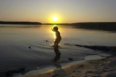 θερινό ηλιοβασίλεμα Στοκ Εικόνες