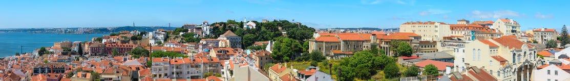 Θερινό πανόραμα πόλεων της Λισσαβώνας, Πορτογαλία Στοκ Εικόνες