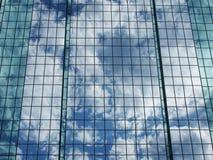 θερινό παράθυρο αντανάκλασης γραφείων οικοδόμησης astana του 2010 Στοκ Εικόνες