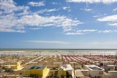 Θερινό παραθαλάσσιο θέρετρο Ιταλία θάλασσας διακοπών Στοκ Εικόνες
