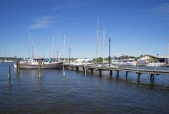 Θερινό πρωί στο λιμάνι σε Raseborg Στοκ φωτογραφία με δικαίωμα ελεύθερης χρήσης