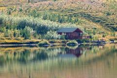 Θερινό σπίτι στοκ εικόνα με δικαίωμα ελεύθερης χρήσης