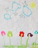 Θερινό τοπίο με τον ήλιο, τα σύννεφα, τα πουλιά και τα λουλούδια Στοκ φωτογραφία με δικαίωμα ελεύθερης χρήσης