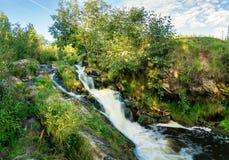 Θερινό τοπίο με το βράζοντας ρεύμα, Ρωσία, Ural Στοκ φωτογραφία με δικαίωμα ελεύθερης χρήσης