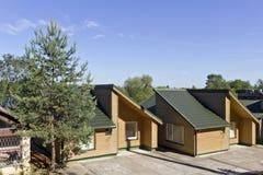 θερινό χωριό διακοπών εξοχικών σπιτιών Στοκ Εικόνες