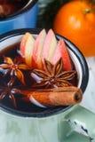 Θερμαμένο κρασί με το μήλο Στοκ φωτογραφίες με δικαίωμα ελεύθερης χρήσης