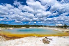 Θερμική λίμνη Yellowstone λιμνών ηλιοβασιλέματος Στοκ Εικόνες