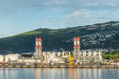 Θερμικός σταθμός παραγωγής ηλεκτρικού ρεύματος στη Νήσο Ρεϊνιόν, Γαλλία Στοκ φωτογραφία με δικαίωμα ελεύθερης χρήσης