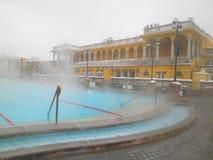 Θερμικό λουτρό Szechenyi στη Βουδαπέστη, Ουγγαρία Στοκ φωτογραφίες με δικαίωμα ελεύθερης χρήσης