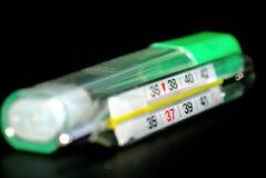 θερμοκρασία 2 φαρμάκων Στοκ φωτογραφία με δικαίωμα ελεύθερης χρήσης