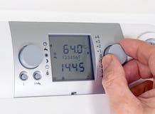 Θερμοστάτης λεβήτων προγραμματισμού στοκ εικόνα