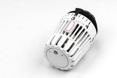 Θερμοστατική βαλβίδα θερμαντικών σωμάτων - δαπάνες θέρμανσης Στοκ εικόνες με δικαίωμα ελεύθερης χρήσης