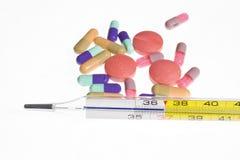 θερμόμετρο φαρμάκων Στοκ φωτογραφίες με δικαίωμα ελεύθερης χρήσης