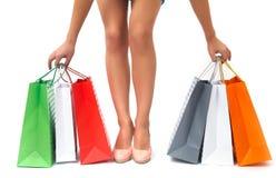 θηλυκές αγορές ποδιών τσ&a Στοκ Εικόνες
